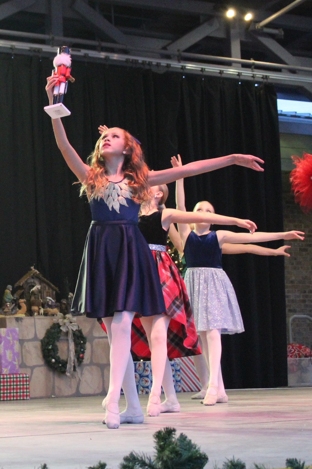 Clara and ballet dancers in the Nutcracker